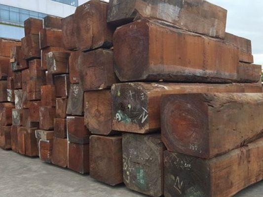 gỗ gụ loại to