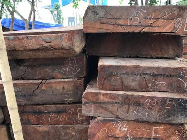 gỗ gụ đã được xẻ