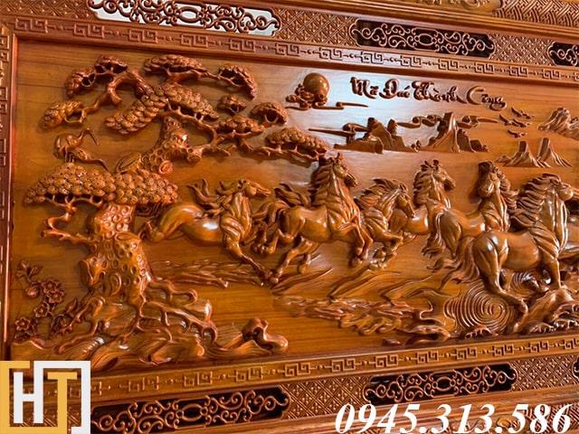 cây tùng trong bức tranh gỗ mã đáo thành công dài 2m37 rộng 1m17 gỗ dày 6,5cm