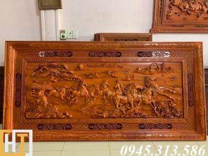 tranh gỗ mã đáo thành công dài 2m37 rộng 1m17 gỗ dày 6,5cm