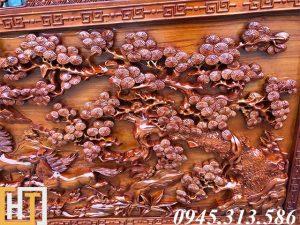 cây tùng trong bức tranh gỗ mã đáo thành công dài 2m37 rộng 1m17 gỗ dày 7cm