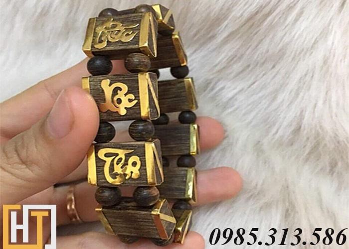 vòng tay trầm hương mĩ vàng