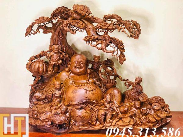 Tượng phật di lặc ngồi gốc tùng gỗ cẩm lai