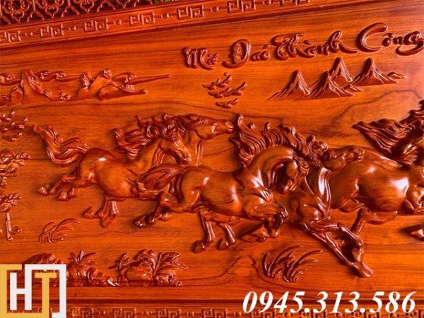 Tranh ngựa bát mã truy phong dài 1m97 rộng 97cm dày 5cm 1