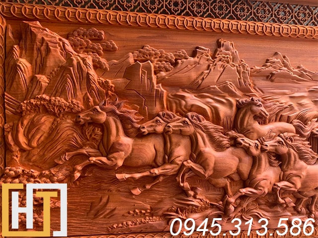 Tranh gỗ mã đáo thành công gỗ hương đỏ 8