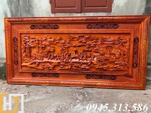 Tranh vinh quy bái tổ bằng gỗ hương đỏ nguyên tấm dài 2m17 rộng 1m07 gỗ dày 6cm khung 6cm